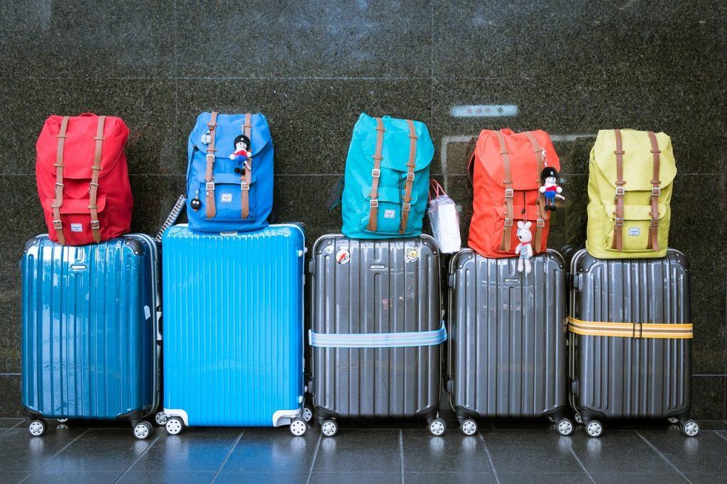 luggage, suitcases, baggage-933487.jpg